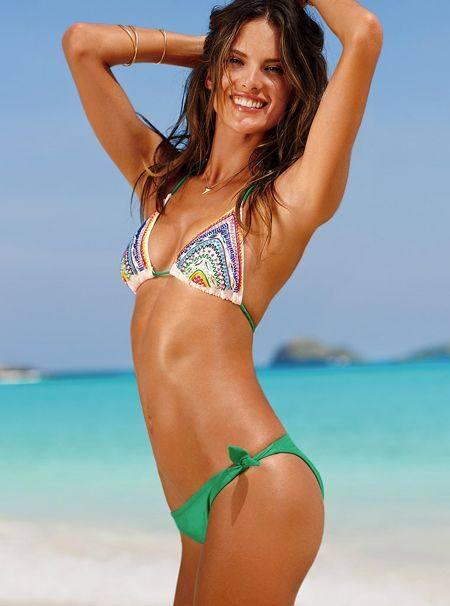 Алессандра Амбросио в летней кампании Victoria`s Secret